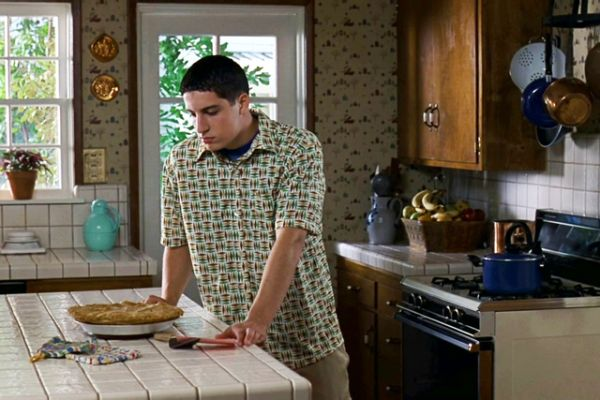 'American Pie' at 20: That Notorious Pie Scene, From Every ...   American Pie Apple Pie Scene